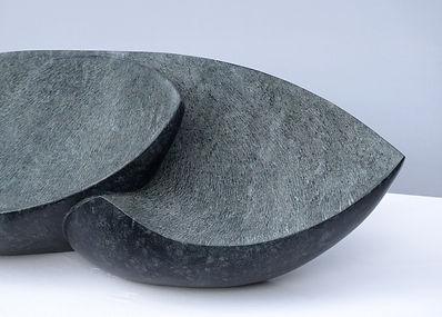 Regina Schnersch, _Ohne Titel_, 2020, Diabas, 90 x 25 x 25 cm