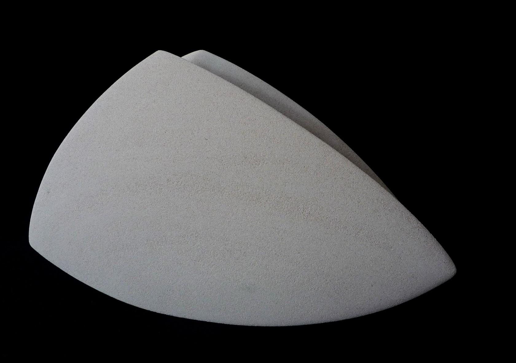 Regina Schnersch, Side by Side, 2016, Sandstein, 59 x 11 x 34 cm (4)