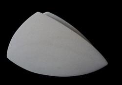 Regina Schnersch, Side by Side, 2016, Sandstein, 59 x 11 x 34 cm
