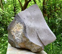 Regina Schnersch, Große Side by Side, 2018, Basalt, 64 x 38 x 68 cm