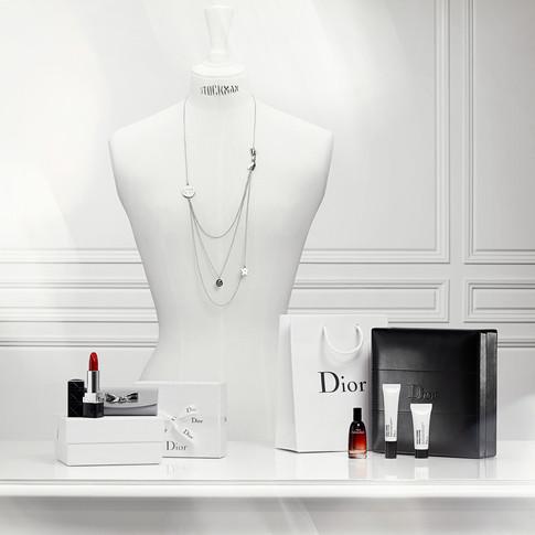 Dior-EU-1_halo.jpg