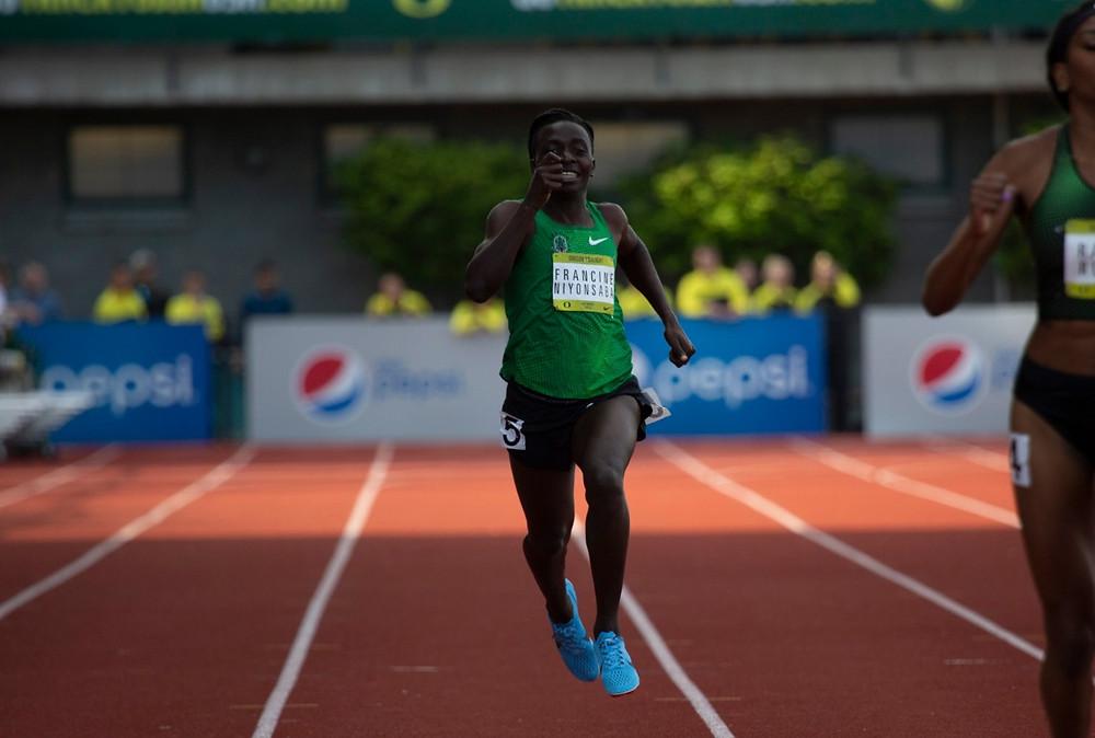 Niyonsaba finishing her 400m at UO Twilight