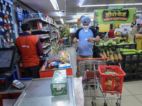 Dinero fresco para los consumidores, un método controvertido frente a la crisis del coronavirus