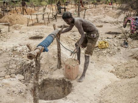 Más de 10.000 niños trabajan en minas de Madagascar para extraer mica