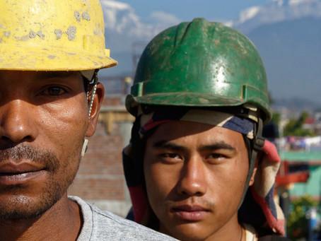 Casi 500 millones de personas no tienen un empleo bien pagado y suficiente