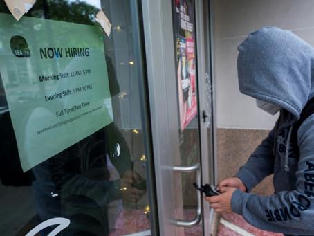 Tasa de desempleo en EEUU registra sorpresiva baja y alienta aspiraciones de reelección de Trump