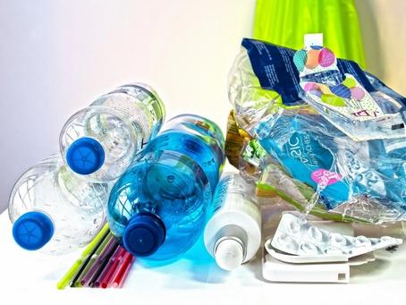 Cinco actividades para que los niños aprendan a reducir la contaminación por plásticos