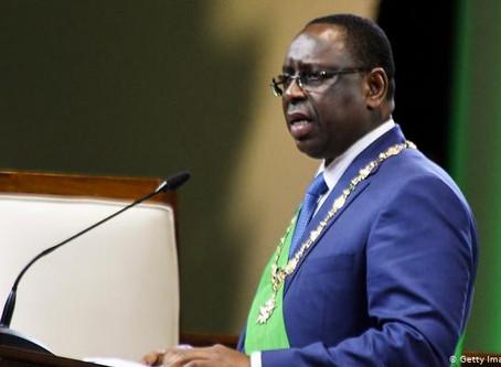 El presidente de Senegal disuelve el Gobierno