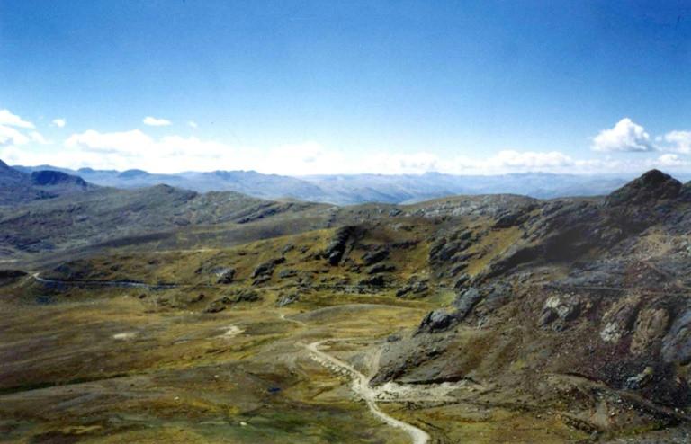 Imagen aérea de la mina Las Bambas en el departamento Abancay, del sur de Perú