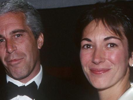 FBI arresta a ex pareja de Jeffrey Epstein; la acusa de facilitar abuso de menores
