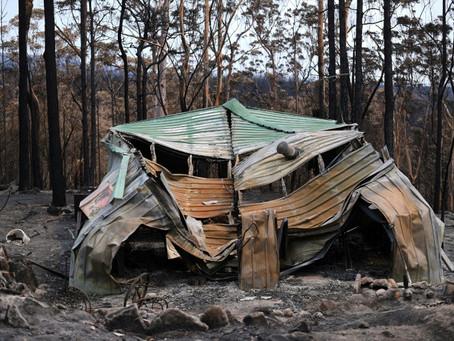Suspenden los vuelos comerciales en el aeropuerto de Canberra por los incendios forestales