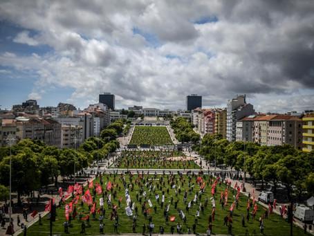 Portugal reabre sus primeros comercios tras mes y medio