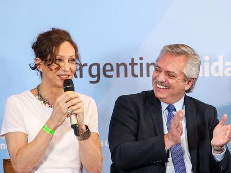Ley de Identidad de Género en Argentina se entrega datos DNI a activista Isha Escribano