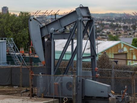 El petróleo sube y comienza el recorte de la producción