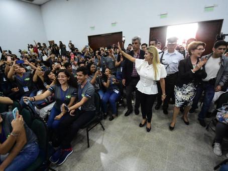 Presidenta Áñez compromete apoyo al conocimiento, innovación y emprendimientos