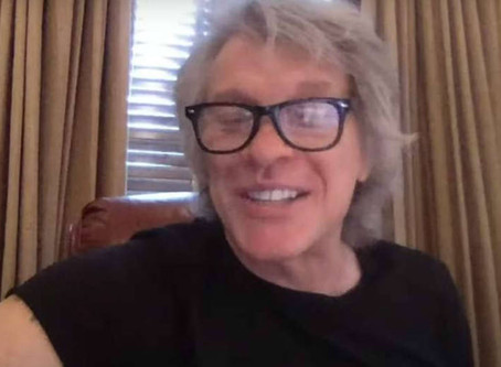 Jon Bon Jovi se convierte en profesor de música para niños desde su casa