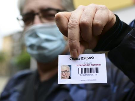 """Una avalancha de """"nuevos pobres"""" en Italia por el coronavirus"""