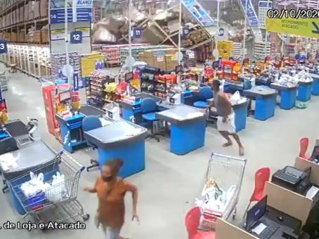 Un muerto y 8 heridos por caída de anaqueles en supermercado en Brasil