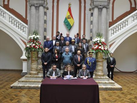 Bolivia suspende labores educativas, vuelos desde y hacia Europa e intensifica control en fronteras