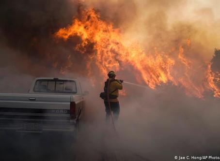Incendio en California obliga a evacuar a unas 60.000 personas