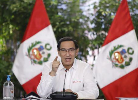 Pdte. Vizcarra presenta demanda de inconstitucionalidad sobre el ascenso automático en sector salud