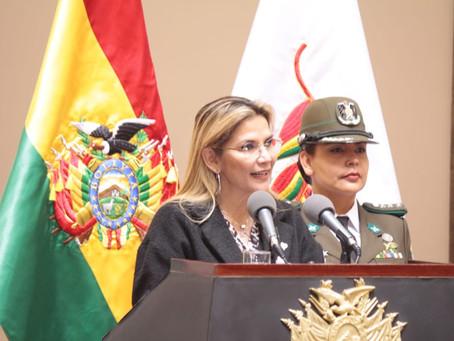 Presidenta Áñez reitera su compromiso con la salud porque es la prioridad del Gobierno