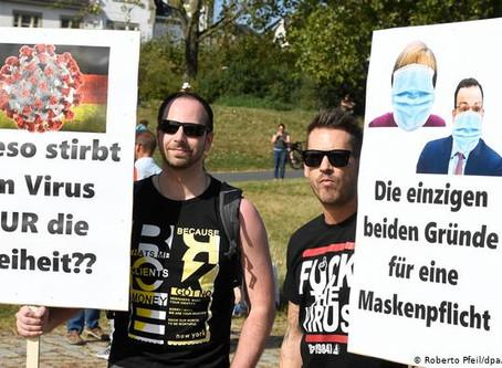 Alemania: miles marchan en Düsseldorf contra las mascarillas