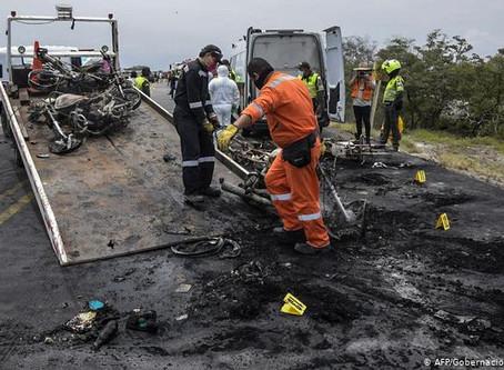 Siete muertos en explosión de camión en Colombia
