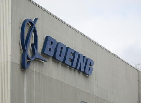 El 737 MAX, diez meses de crisis para Boeing