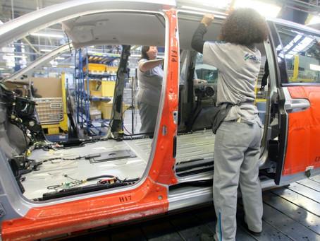 PSA-Peugeot renuncia a traer a sus trabajadores polacos a Francia