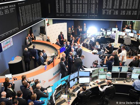 Caen las bolsas europeas tras nuevas restricciones por covid