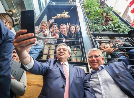 El Pdte Fernández visitó esta mañana, la nueva sede de Accenture