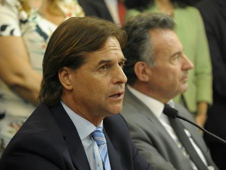Uruguay rebajará temporalmente salarios públicos y pensiones por coronavirus