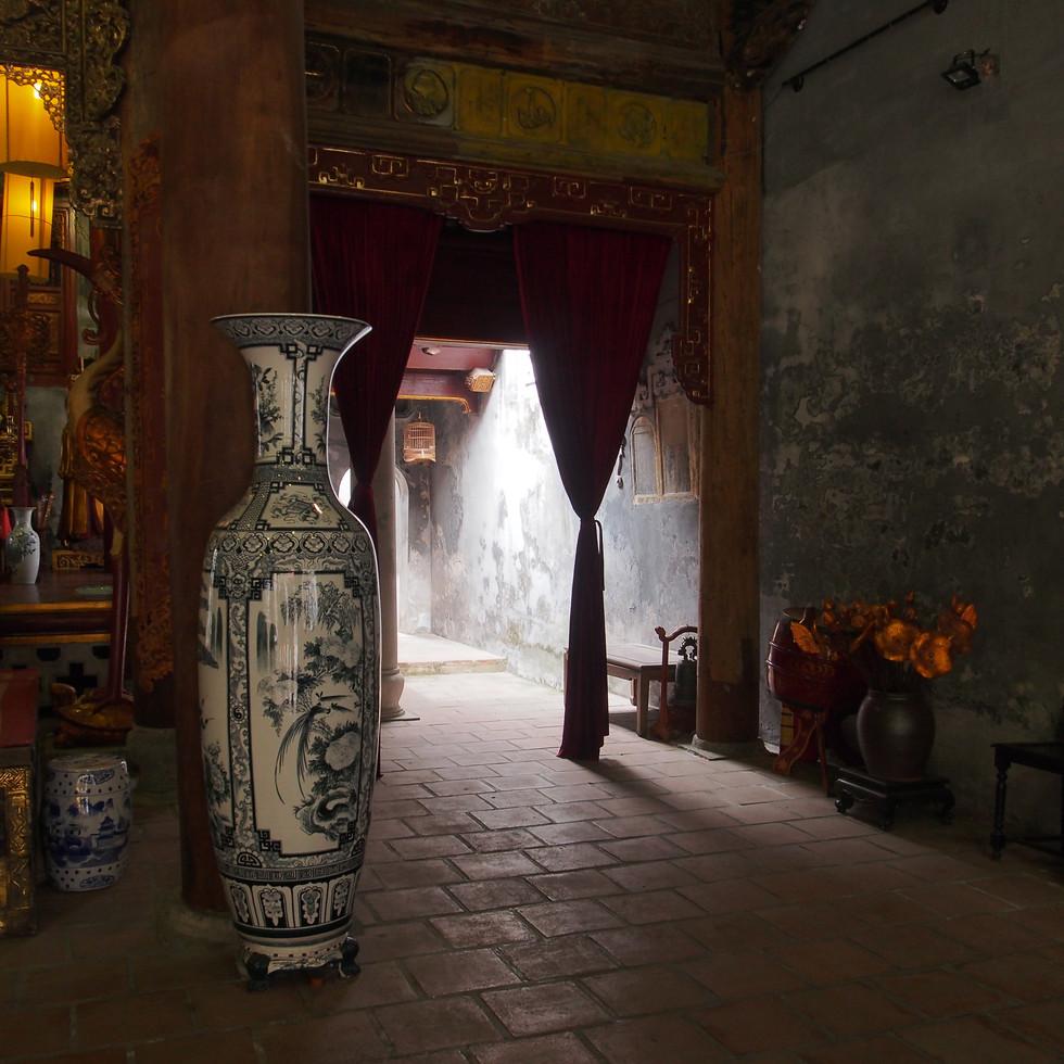 lumière dans un temple
