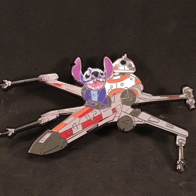 Stitch & BB8 Flying the X-Wing