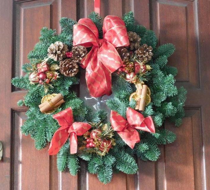 Bubbly Christmas Wreath Workshop