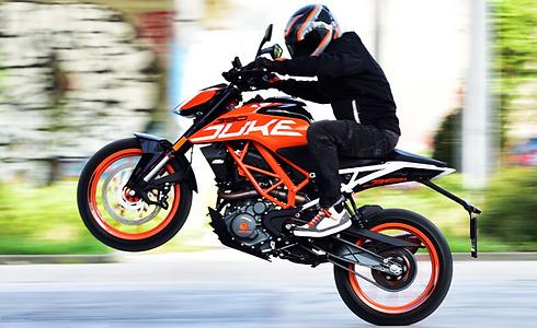 101818-best-300cc-motorcycles-ktm-390-du