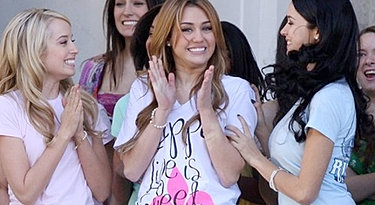 Miley Cyrus Official Fansite | SO UNDERCOVER