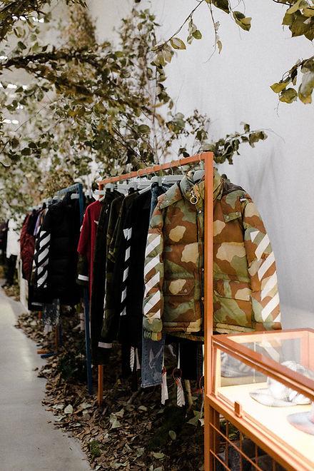 Vêtements sur cintre