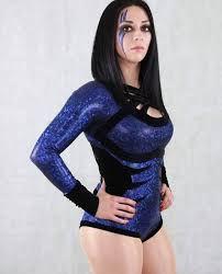 Stephanie Vaquer 3.jpg