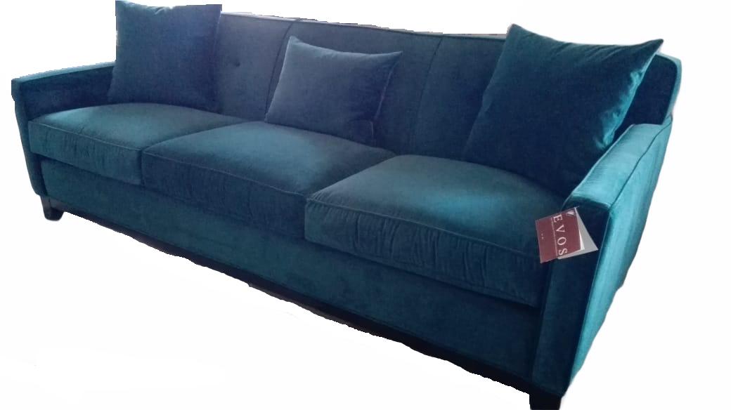 Estate Sofa 654