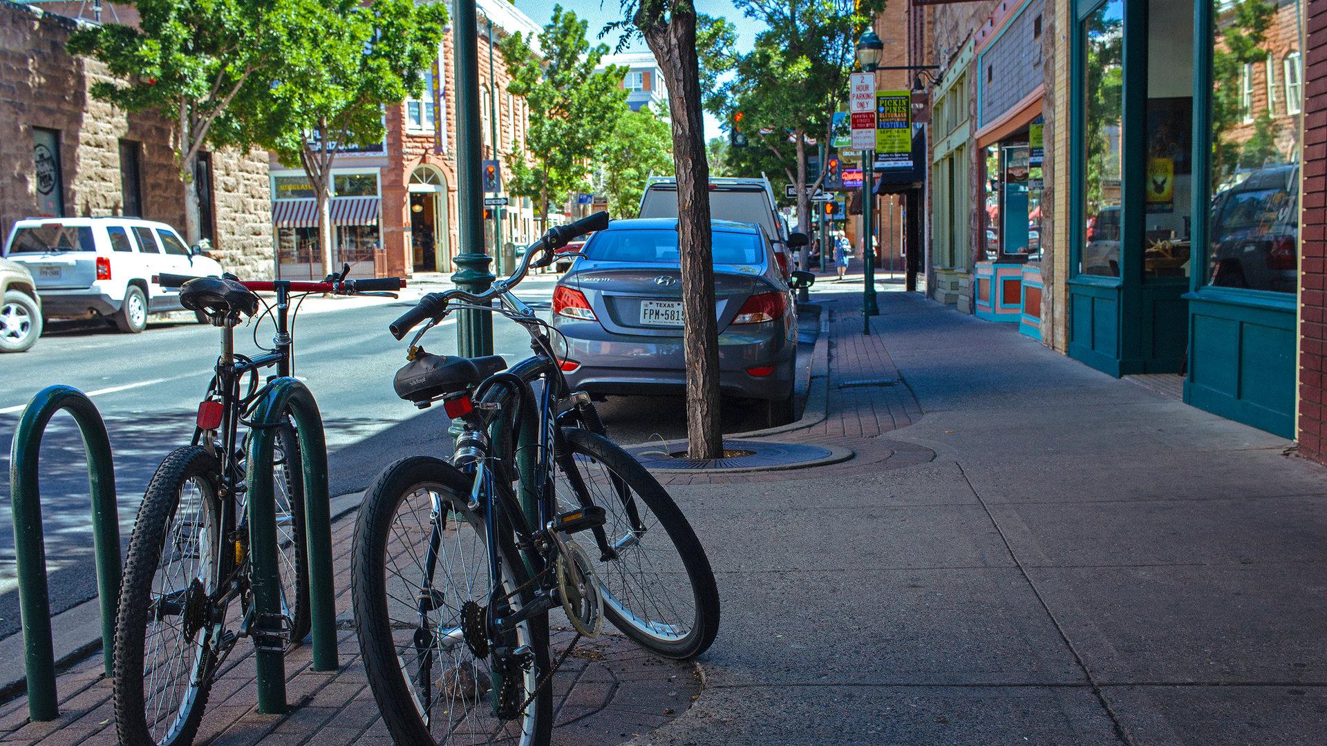 bikesdowntown.jpg