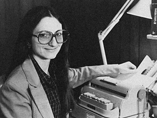 Ela inovou na educação produzindo livros em Braille
