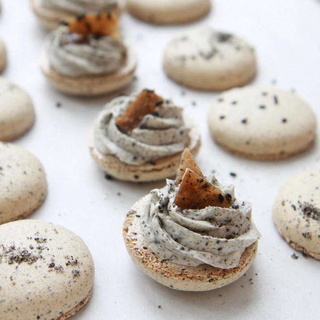 Black sesame with a sesame brittle