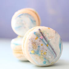 Macarons with a galaxy marbled effect