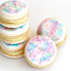 Simple macarons with a watercolour effect