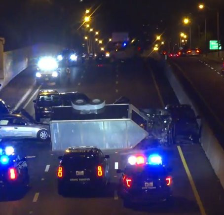 1 Injured in 5-Vehicle Crash on Dallas North Tollway