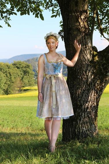 La Duchesse verkauft ihre erste Dirndl Kollektion an eine Modekette