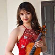 Violinist-Annelle-Gregory