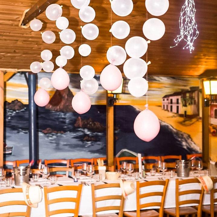 Allestimento palloncini del ristorante Casale 93 a torino